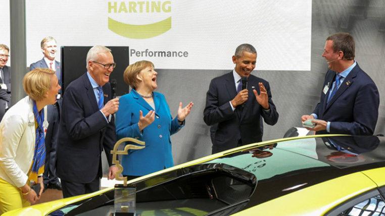US-Präsident Obama und Bundeskanzlerin Merkel am Messestand des Hermes-Preisträgers Harting auf der HANNOVER MESSE 2016. © HARTING Technologiegruppe
