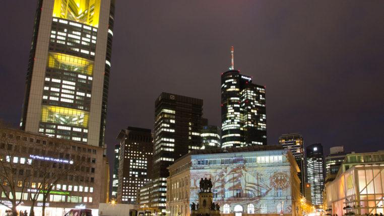 Luminale 2016: Die Light and Building strahlt aus bis in die Stadt Frankfurt - Jochen Günther/Messe Frankfurt