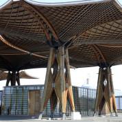 Entstand für die EXPO in Hannover: das größte freitragende Holzdach der Welt. © Deutsche Messe AG, Hannover