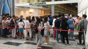 EXPO2017: Warteschlange vor dem Deutschen Pavillon