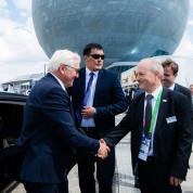 Der Deutsche Nationentag auf der EXPO 2017: Dietmar Schmitz, Expo-Kommissar im BMWI, begrüßt Bundespräsident Frank-Walter Steinmeier - Foto: Deutscher Pavillon / HMC