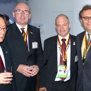 Von links nach rechts: Lee Joon-Hee, EXPO-Generalkomissar 2012, Dr. Peter Neven, AUMA, Dietmar Schmitz, BMWi und Hans-Joachim Otto, Staatssekretär BMWi - Foto: AUMA