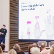 """Die Präsentation des Preissiegers von """"Heyfair""""."""